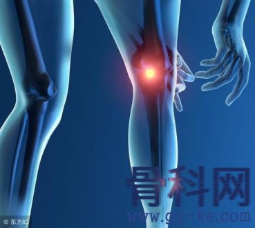 膝关节术后膝盖发紧发热正常吗?