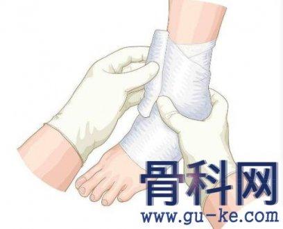 如何应对急性踝关节扭伤?处理对了才能降低损伤