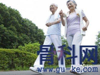 上了年纪后退行性病变多发,老人出现这症状提早就医