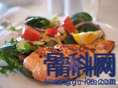 痛风患者在饮食上有什么要忌口的?可以吃鱼吗?