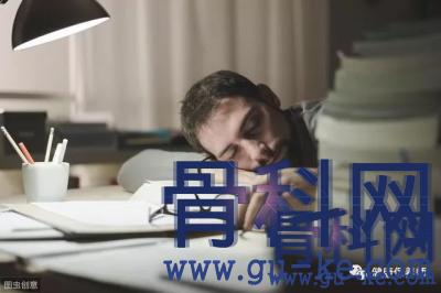 睡觉手麻是怎么回事,有什么办法可以避免手麻?