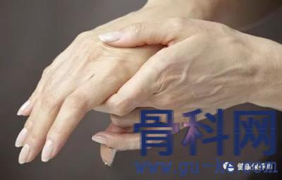 颈椎病为什么会导致手麻?颈椎病患者出现手麻应该怎么办?哪些人出现手麻更应该怀疑颈椎病?