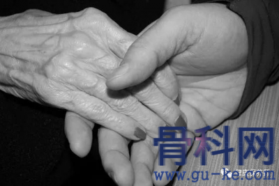 手指麻木怎么办?手指麻木的病因是什么?