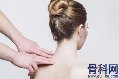 怎样分清肩袖撕裂和肩周炎呢?