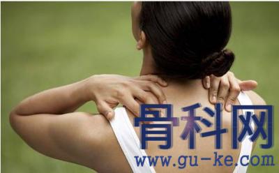 什么是颈曲变直?颈曲变直之后有哪些危害?什么原因导致了颈椎曲度变直?